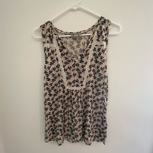 Detailed lucky brand tank top